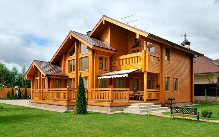 Дом из дерева